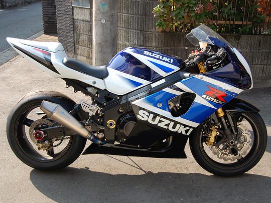 SUZ010